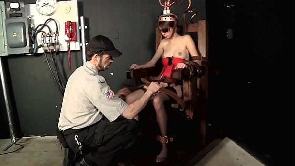 Willow Hayes – Electric Chair Executed
